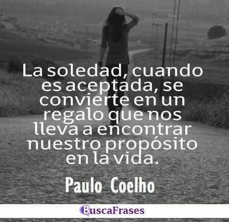 Frases sobre la soledad de Paulo Coelho